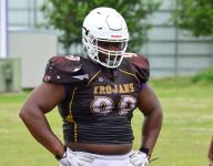 WATCH: 4-star LSU DT commit Jacobian Guillory squats 700 pounds