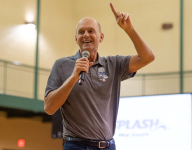 3-time Olympic gold medalist Rowdy Gaines gives hope to current athletes
