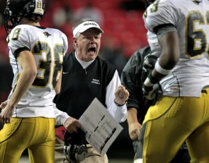 Valdosta reportedly 'reconsidering' firing of head coach Rush Propst
